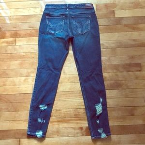 Low rise super skinny jeans from Hollister.